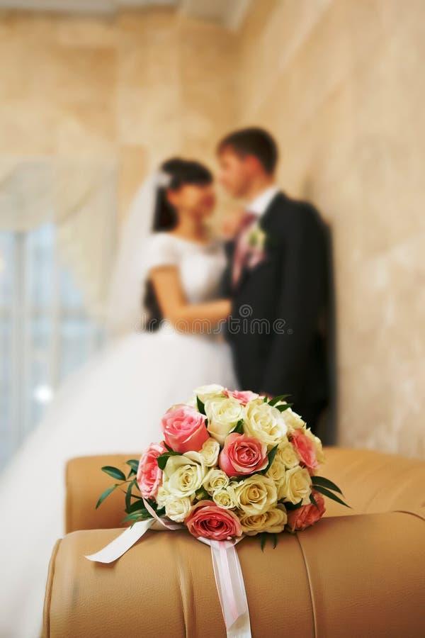 Bröllopbukettnygift person royaltyfri fotografi