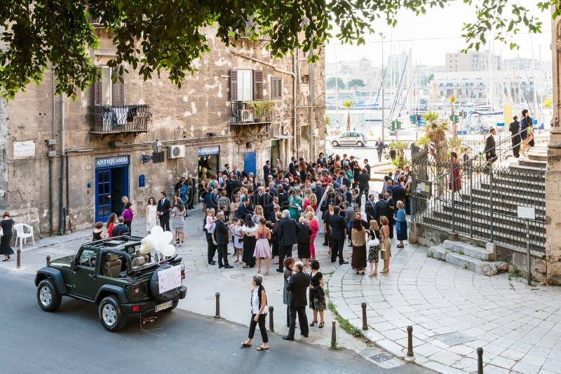 Bröllopceremoni nära i den Palermo staden royaltyfria bilder