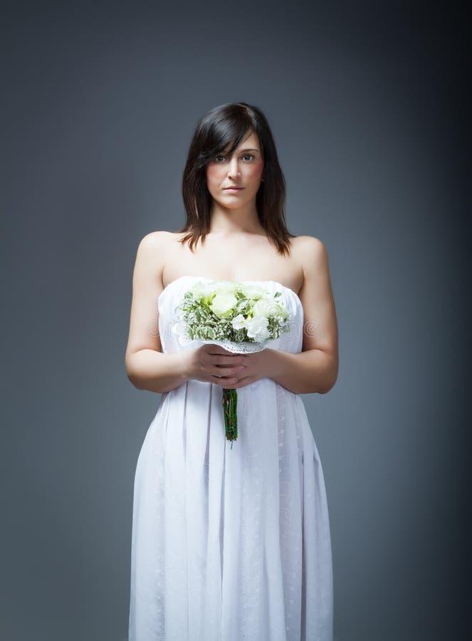 Bröllopdag och blommor royaltyfri bild