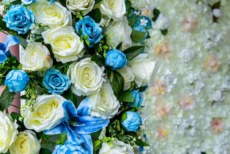 Bröllopmottagandet, steg - blomman, buketten, blomman, grupp av flöde fotografering för bildbyråer
