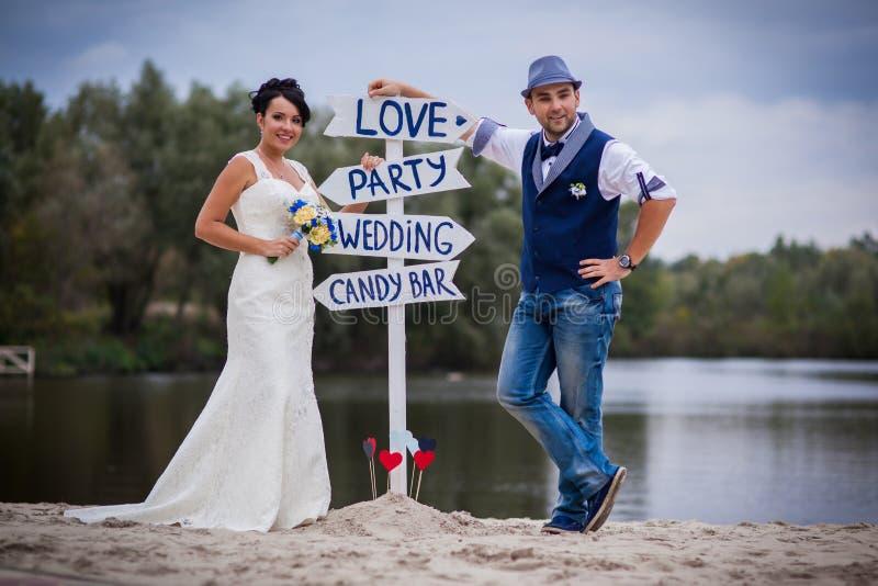 Brölloppekare royaltyfria bilder