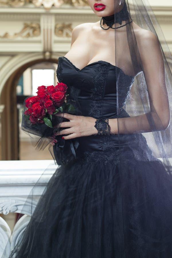 Bröllopsklänning för dag och för svart för valentin` s royaltyfria bilder