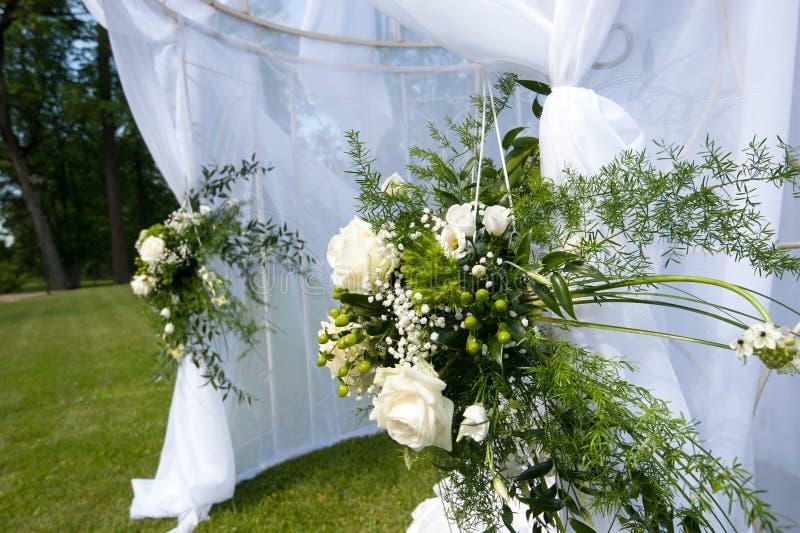 Brölloptältet parkerar in royaltyfri fotografi