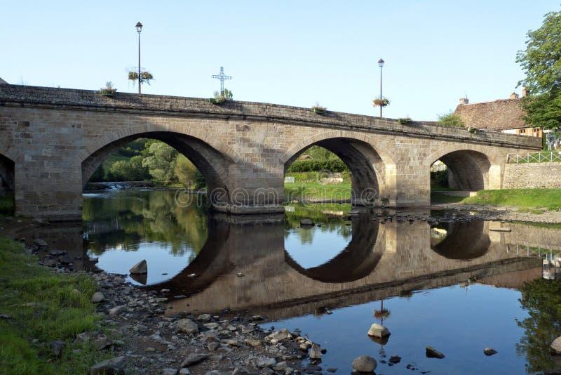 Brücke über Creuse lizenzfreies stockfoto