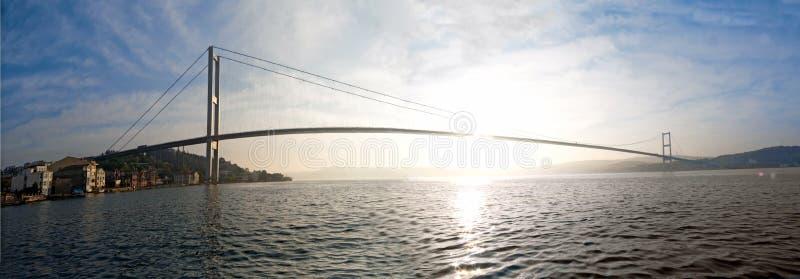 Brücke über dem Bosporus stockfotografie