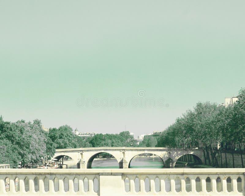 Brücke über der Seine stockfotografie