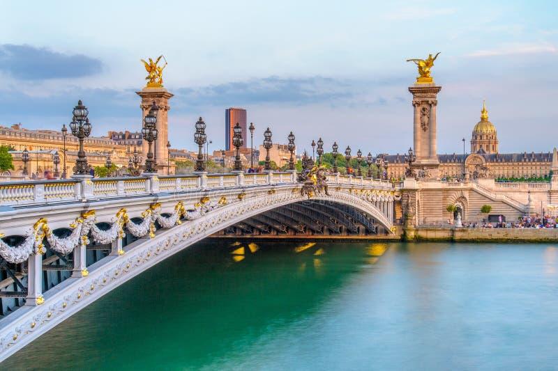 Brücke Alexandre 3 in Paris, Frankreich lizenzfreie stockfotografie