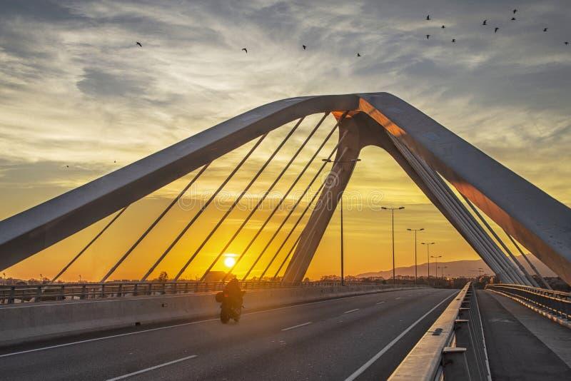 Brücke bei Sonnenuntergang, Barcelona, Spanien stockfoto