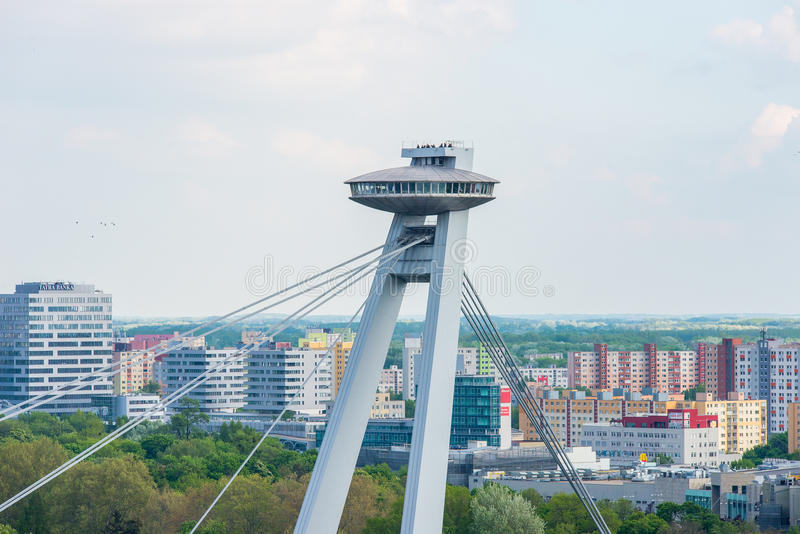 Brücke Bratislavas SNP lizenzfreie stockbilder