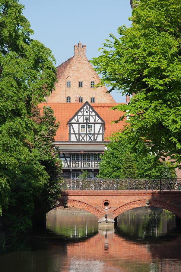 Brücke der Liebe und Miller House in Gdansk stockbilder