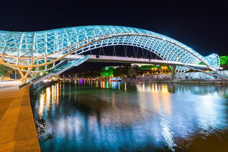 Brücke des Friedens lizenzfreie stockfotos