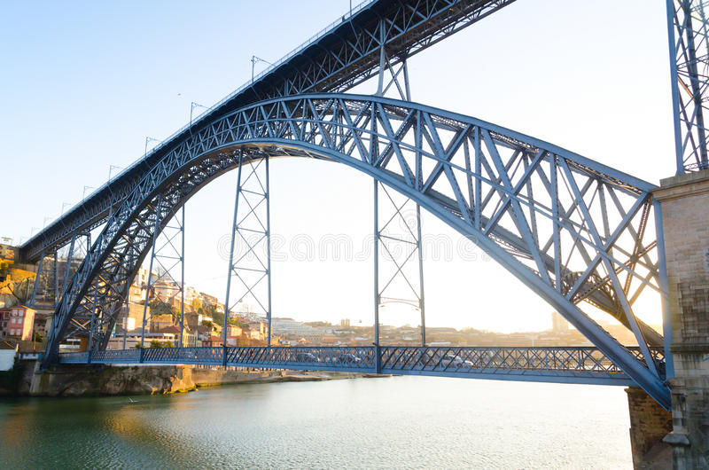 Brücke Dom-Luis I stockbild