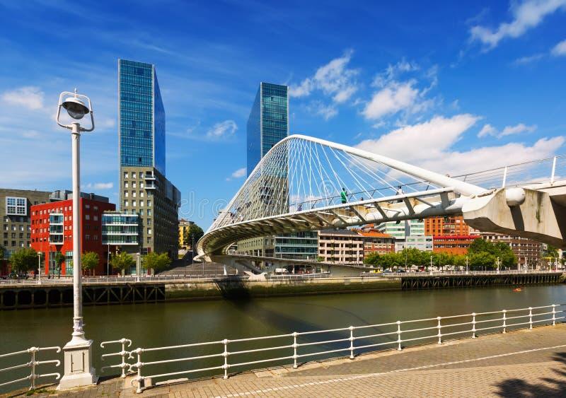 Brücke durch Santiago Calatrava bilbao stockfoto