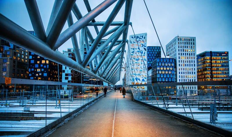 Brücke im Barcode-Projekt, Oslo stockbild