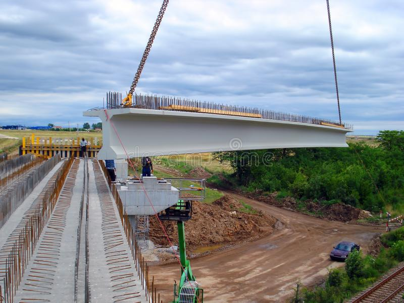 Brücke im Bau lizenzfreie stockbilder