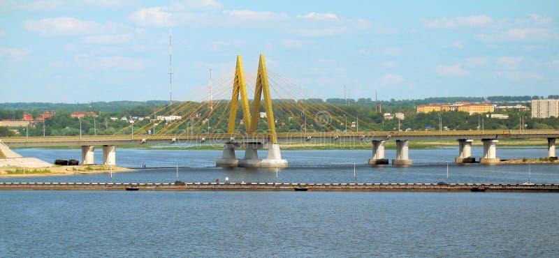 Brücke JAHRTAUSEND lizenzfreies stockbild