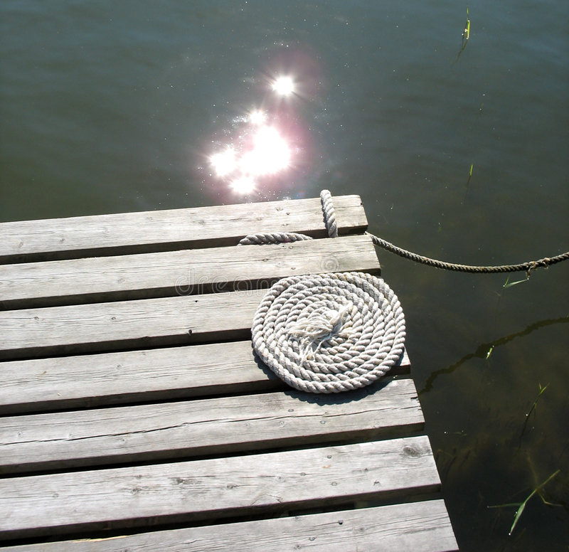 Brücke mit Seil stockbild
