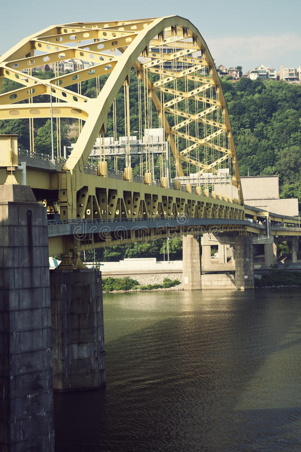 Brücke in Pittsburgh lizenzfreie stockfotos