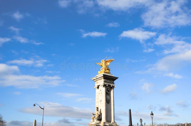 Brücke pont Alexandre III lizenzfreie stockfotografie
