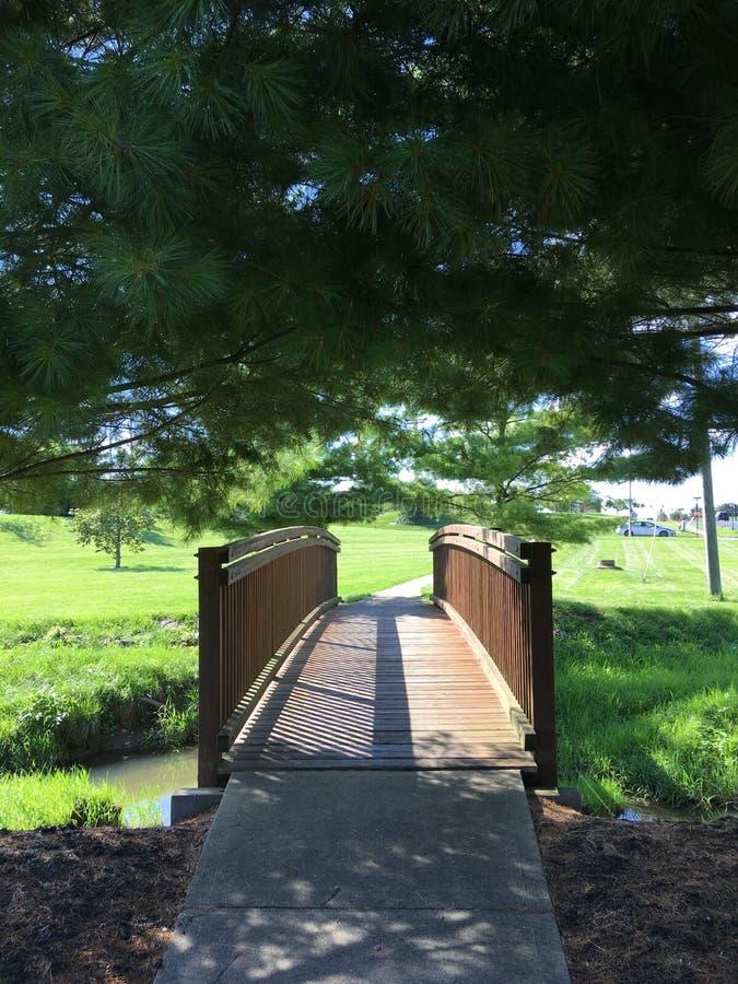 Brücke in Sunbury stockbilder