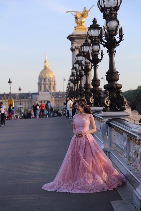 Brücke und Les Invalides Pont Alexandre III in Paris, Frankreich stockfoto