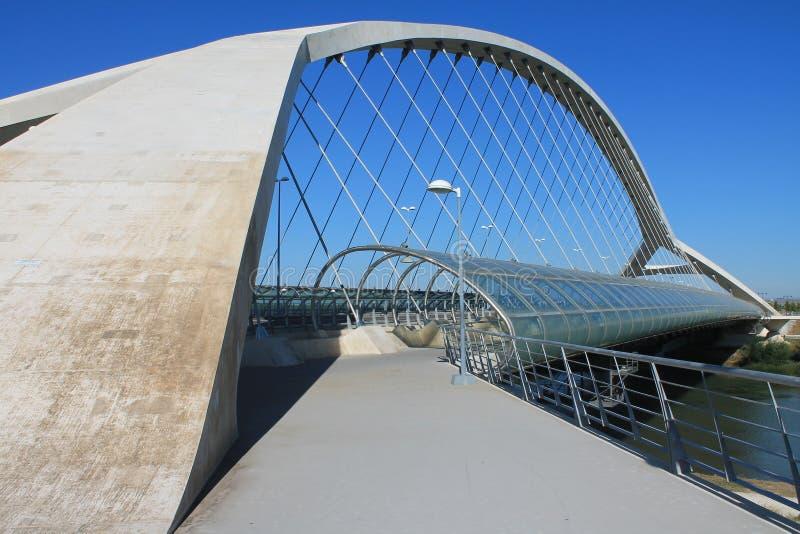 Brücke Zaragoza lizenzfreie stockfotografie
