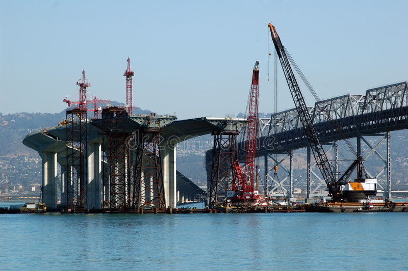 Brücken-Aufbau lizenzfreie stockfotos