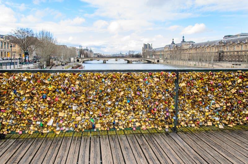 Brücken-DES in Paris stockbild