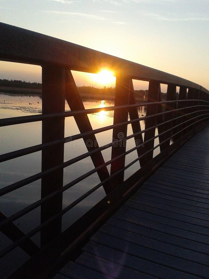 Brücken-Sonnenuntergang lizenzfreies stockfoto