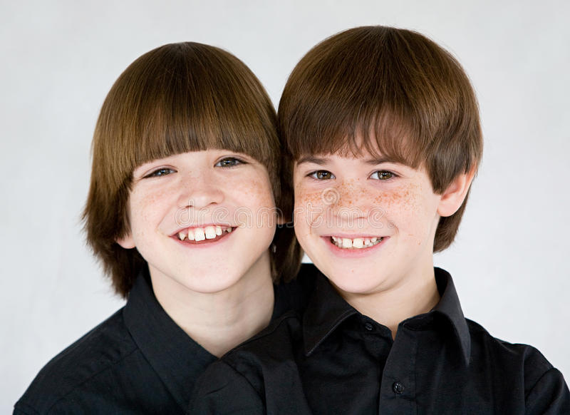Brüder stockbilder