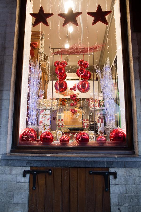 Brüssel, Belgien - 25. Dezember 2017: Bonbonshopfenster im zentralen Platz von Brüssel lizenzfreies stockbild