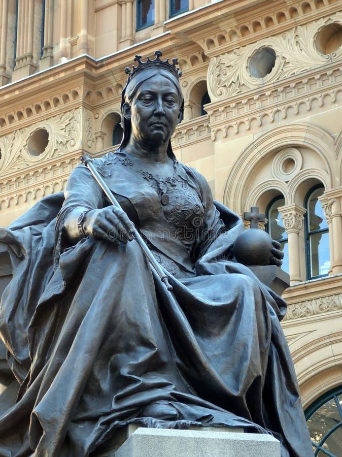 Brązowa statua królowa Wiktoria fotografia stock