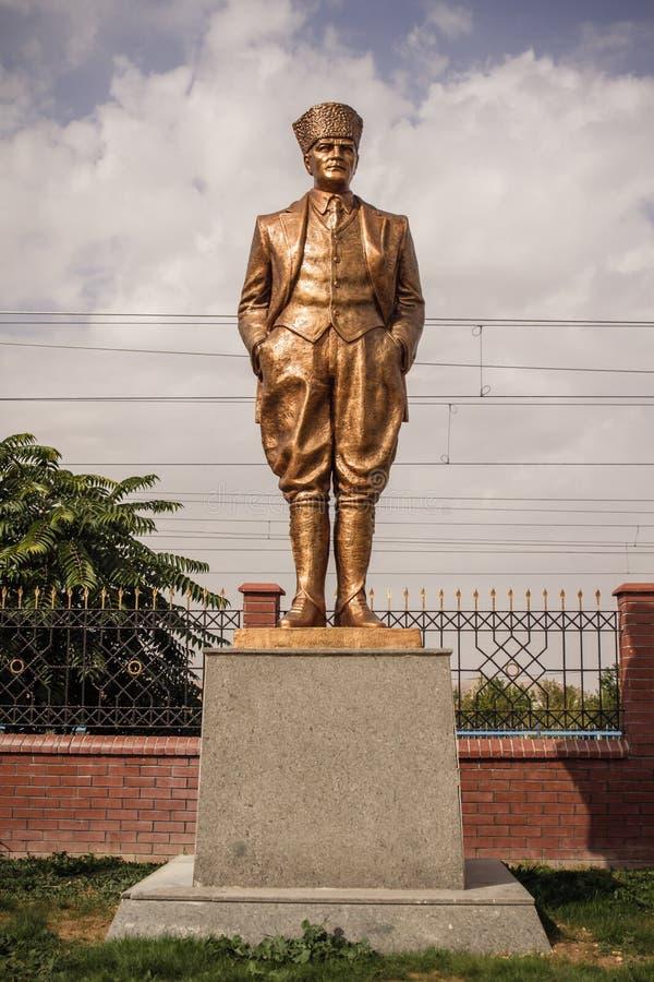 Brązowa statua niezależność Wojenni bohaterzy w Ankara zdjęcie royalty free