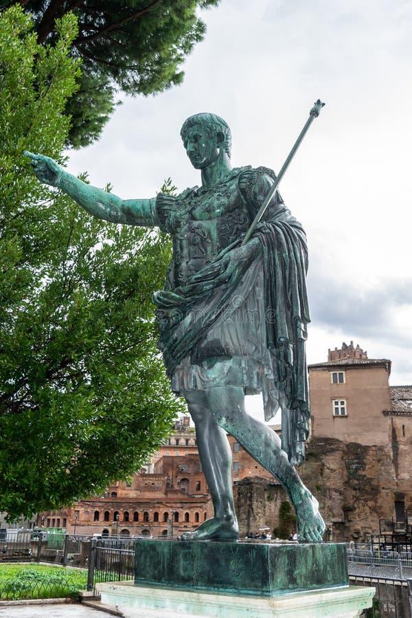 Brązowa statua Romański cesarz Augustus Caesar aka Gaius Octavius/Octavian/Gaius Julius Caesar Octavianus obrazy stock