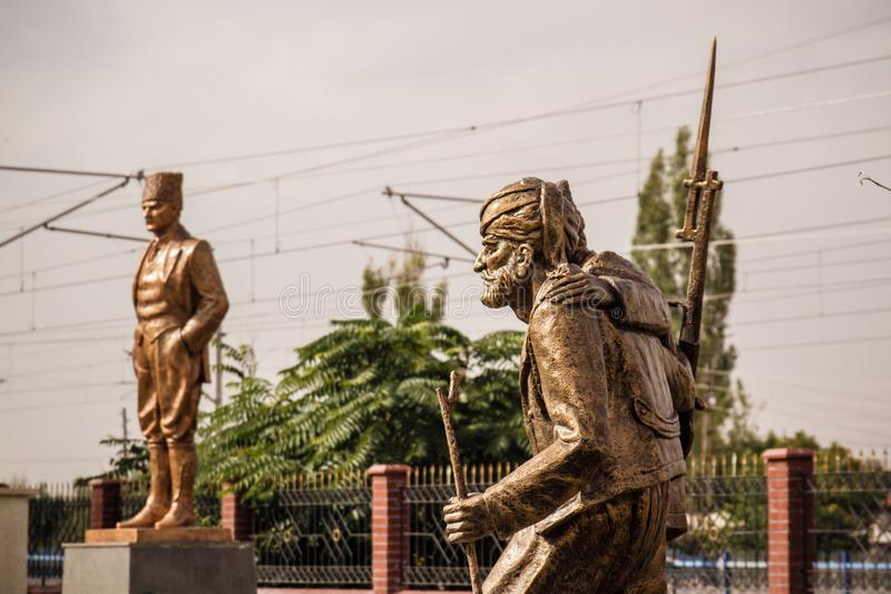 Brązowe statuy niezależność Wojenni bohaterzy w Ankara obrazy royalty free