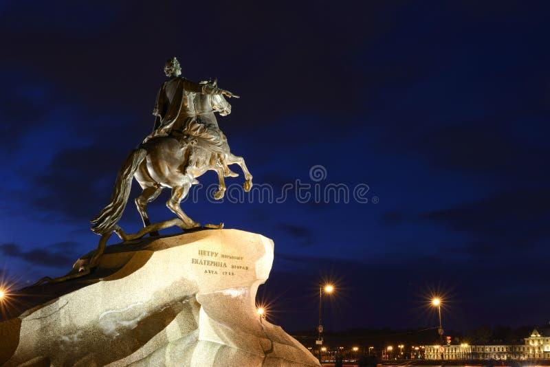 Brązowy jeździec zabytek Peter 1 w St Petersburg zdjęcie stock