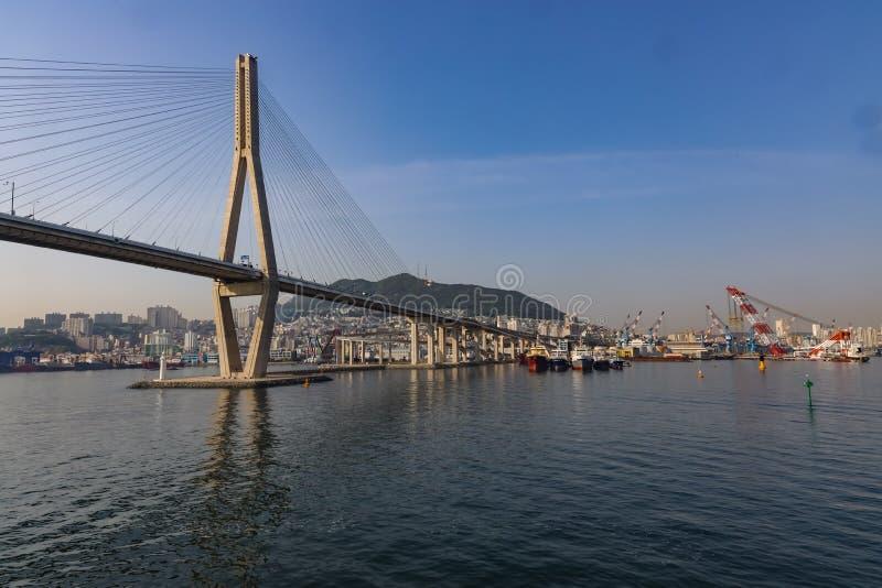 Br?cke der Aufhebung-Bridge stockfotografie