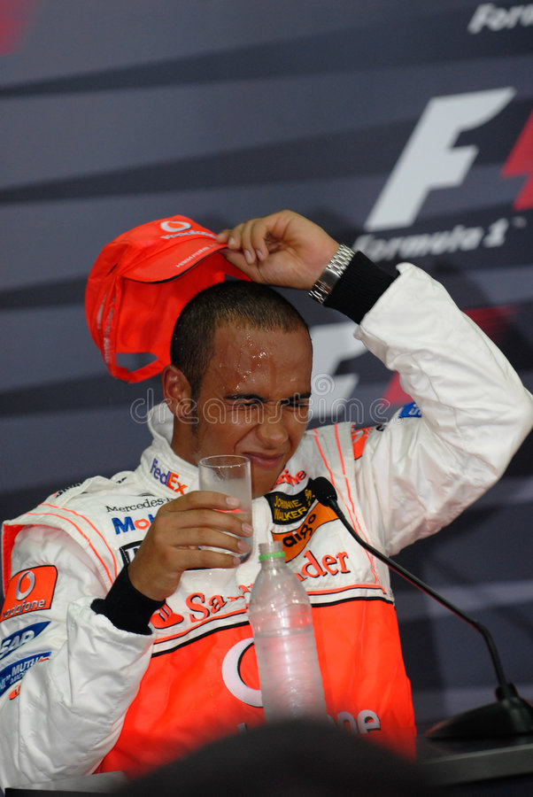Br de Vodafone McLaren Mercedes MP4-22 Lewis Hamilton imagens de stock royalty free
