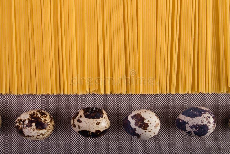 Bra mat som läggas ut på tabellen arkivfoto