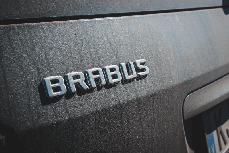 Brabus Mercedes Benz Black no estacionamento fotografia de stock royalty free