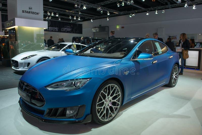 BRABUS ponen a cero la emisión basada en el modelo S de Tesla foto de archivo