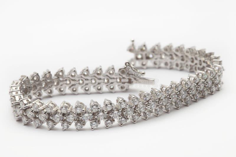 Braccialetto del diamante su bianco immagini stock