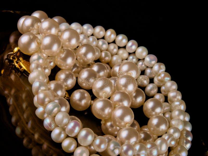 Braccialetto della perla fotografia stock