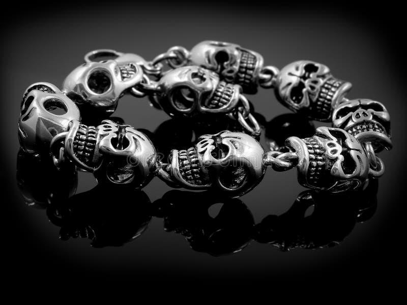 Braccialetto per gli attuatori ed i motociclisti - crani fotografie stock