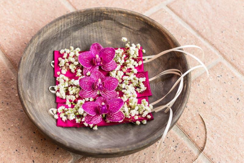 Bracelet de fleur de demoiselles d'honneur photographie stock