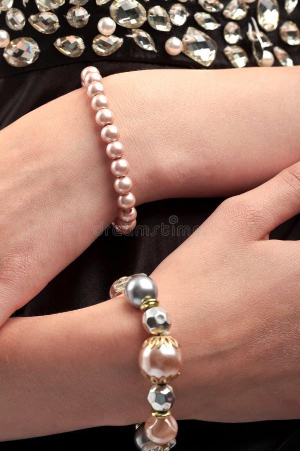 Bracelet de perle images stock