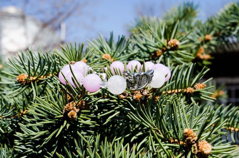 bracelet dekorationen Wulstiges Armband mondstein Empfindliche Dekoration Bijouterie stockfotos