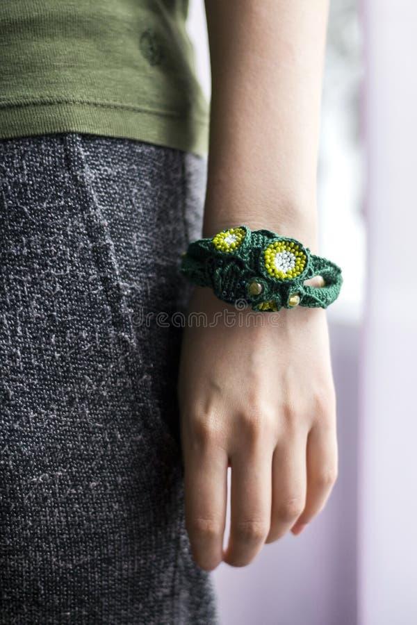 Bracelet fait main de crochet photos stock