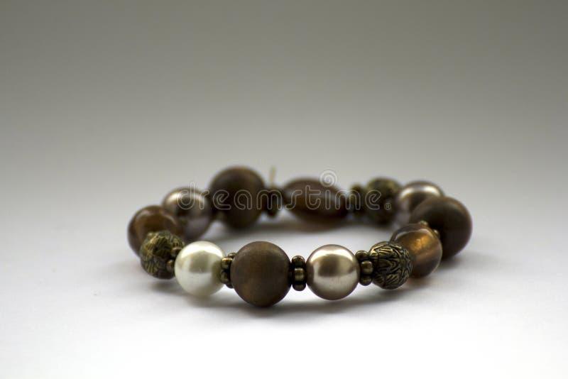Bracelete com grânulos foto de stock royalty free