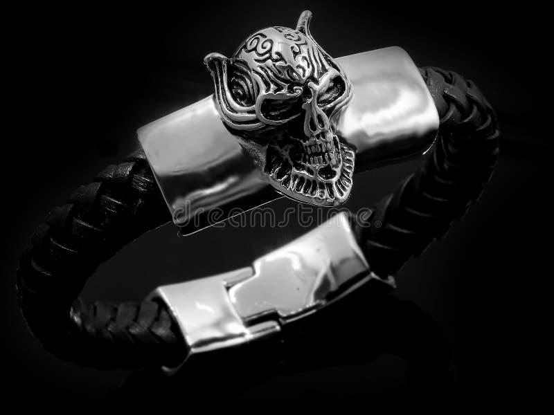 Bracelete da joia bangle Aço inoxidável fotografia de stock royalty free